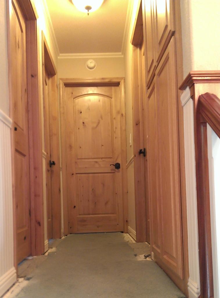 knotty-alder-interior-door-3