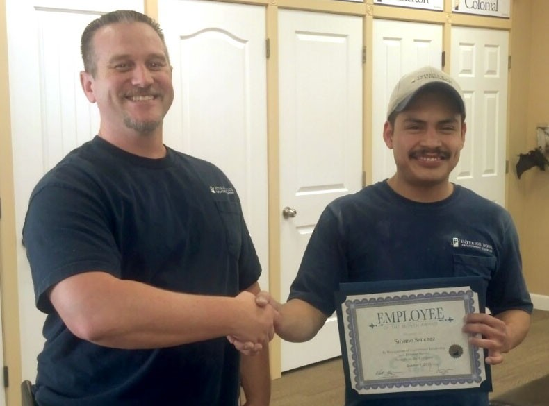 Silvano-employee-of-month-with-walter