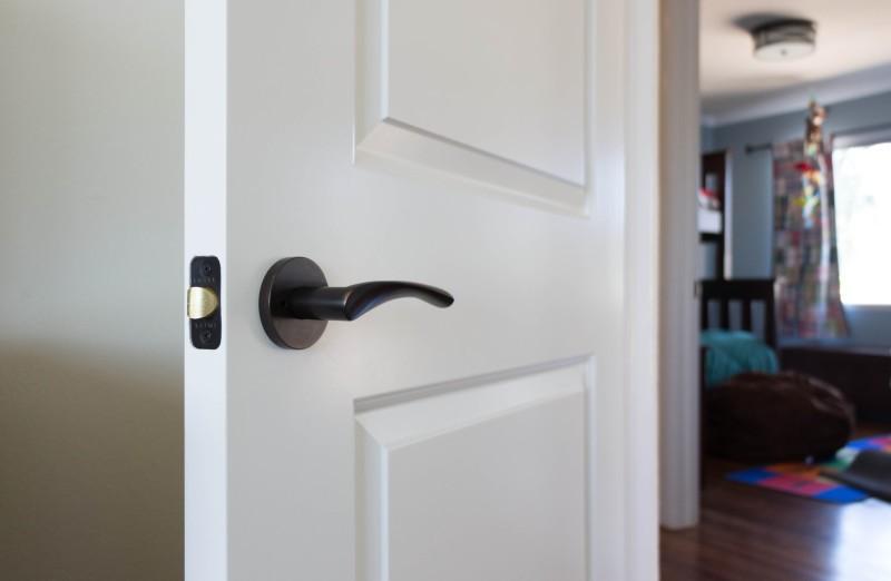 Cambridge interior door with EMTEK lockset